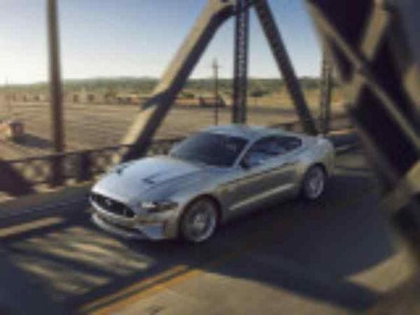 Ford Mustang 2017-2018 фото