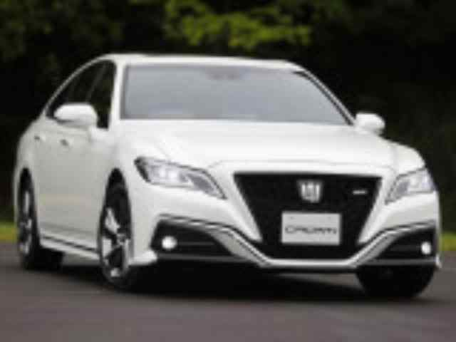 Photos Toyota Crown RS 2018-2019